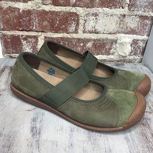 Keen Sienna MJ Mary Jane Shoes green slip on